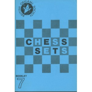 CHESS SETS (WALL Martin, HULME Max and ELIAS Neal)